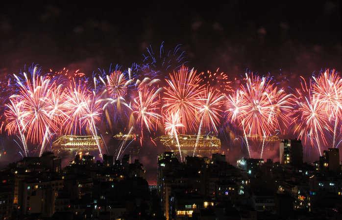 fogos-de-artificio-no-reveillon-do-rio-de-janeiro1